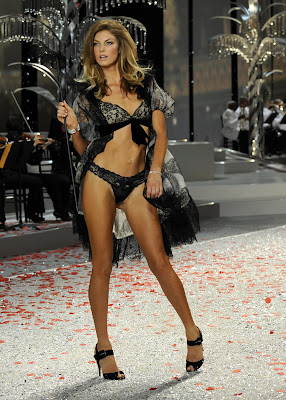Angela Lindvall in lingerie at the Victorias Secret Fashion Show