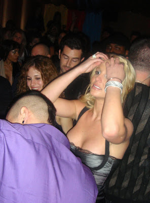 Britney Spears cleavage