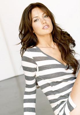 Minka Kelly is really really hot