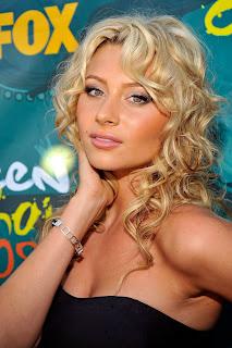 Sexy Blonde Alyson Michalka