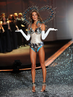 Alessandra Ambrosio models lingerie at the Victorias Secret Fashion Show