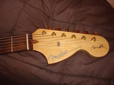 Bonnie Raitt Stratocaster headstock