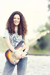 Natalie Wells Cincinnati Guitar Girl