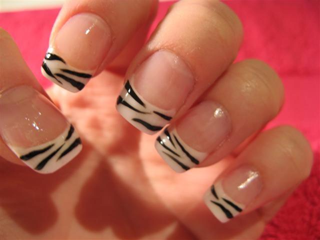 zebra-nailart