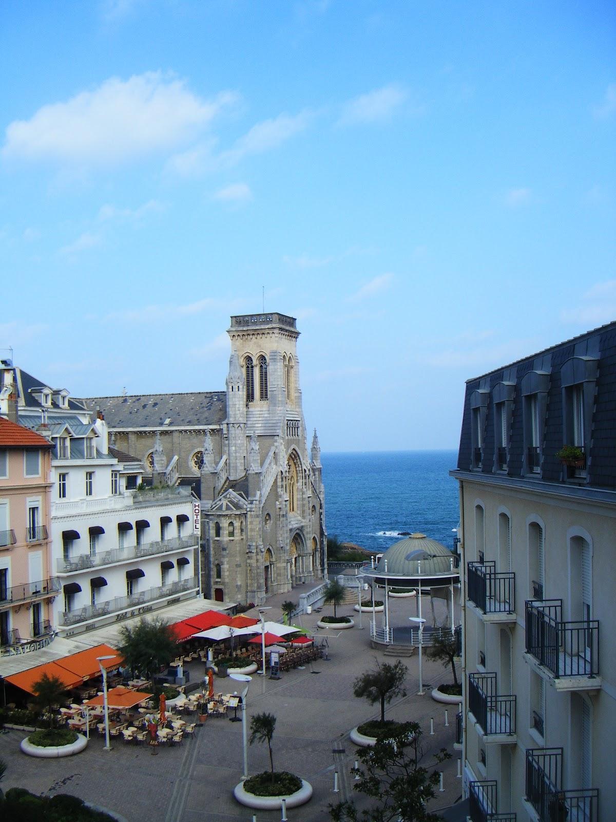 Isaure de saint pierre en voyage louer sur la c te basque for Abritel biarritz studio
