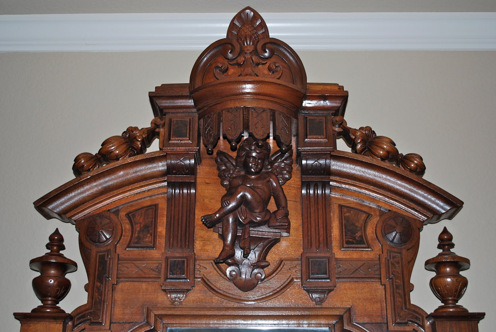 Victorian Antlers: Brook's Two Piece Walnut Bedroom Set (Dresser)