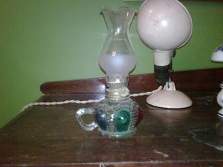 anythingantiques vintage oil lamps for sale. Black Bedroom Furniture Sets. Home Design Ideas