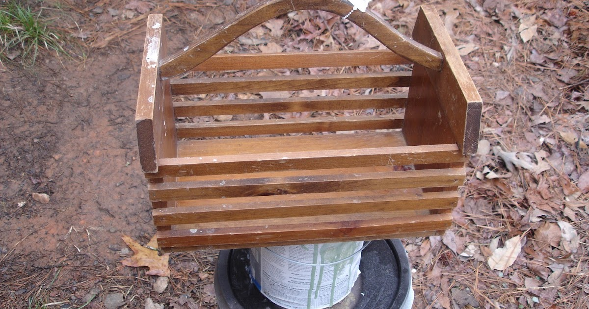 don 39 t disturb this groove wooden basket makeover. Black Bedroom Furniture Sets. Home Design Ideas