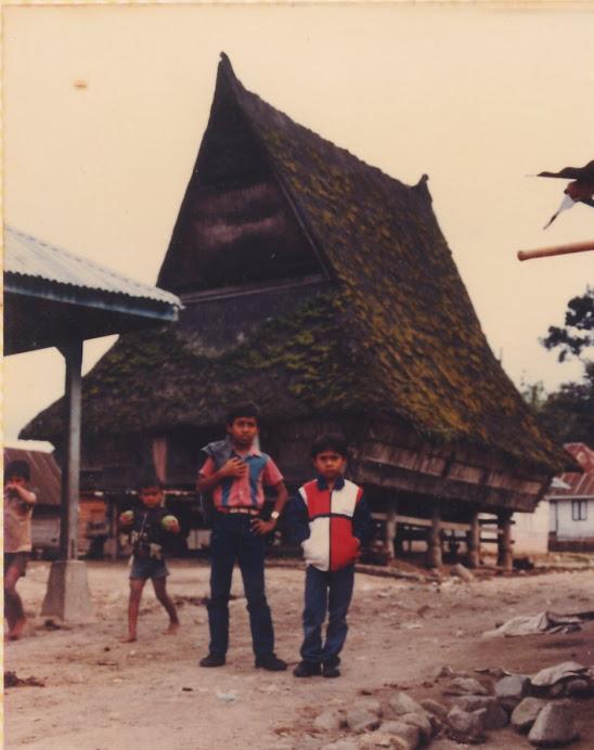 Rumah Adat Karo, 1985