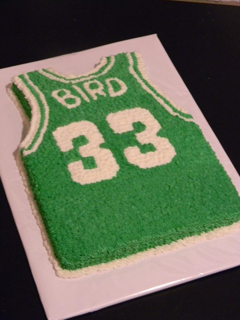 Cake Artist Nj : Brandy s Creations: Larry Birds Celtics Jersey Cake