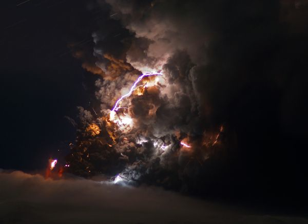 iceland volcano lightning pictures. Volcano Lightning Video: