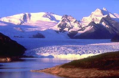 foto de los glaciares de el calafate, en la patagonia argentina
