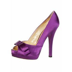 Çok cici fiyonklu ayakkabılar