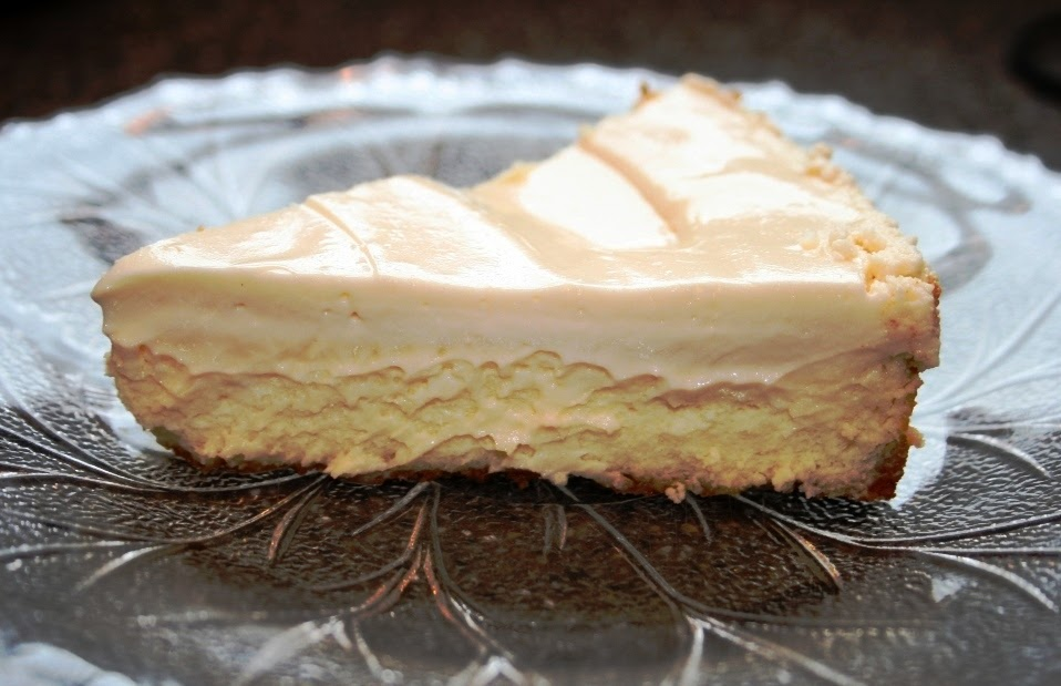 Cake Bakes in Brooklyn: The Very Best Creamy* Cheesecake