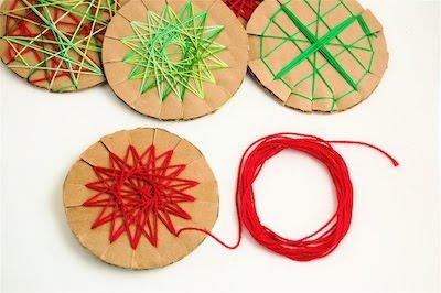 Enrhedando manualidades for Adornos navidenos hechos con reciclaje
