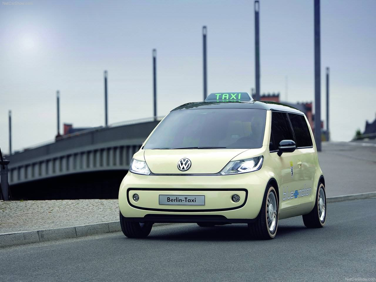 2010 volkswagen berlin taxi concept. Black Bedroom Furniture Sets. Home Design Ideas