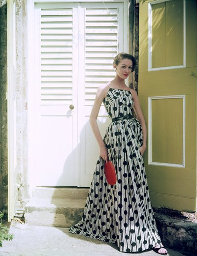 grace kelly dress rear window. 1954 (Grace Kelly in Rear