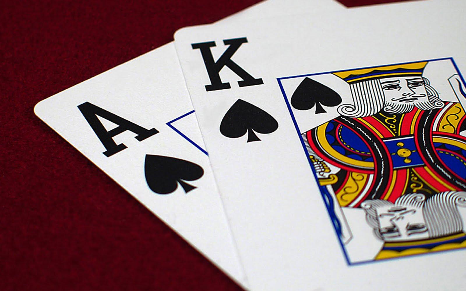 Poker abierto jugadas