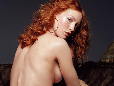 Alicia Witt Wallpaper
