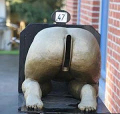 A monument to the Butt Cracks of the world