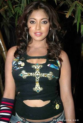 Tanushree Dutta Exposed