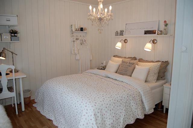 Anitas hus: litt bilder fra soverommet
