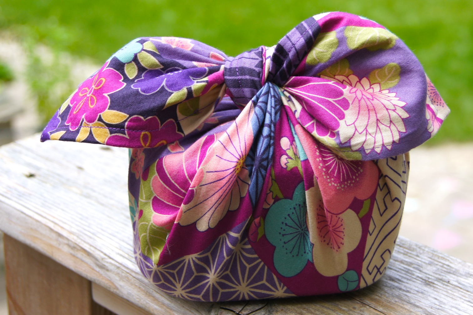 Omiyage blogs make your own furoshiki for Japanese wrapping