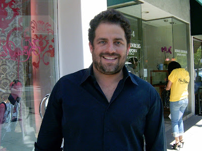 Brett Ratner hangs out with family on Melrose