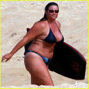 Keely Shaye Smith goes boogie boarding - Photo courtesy of JustJared