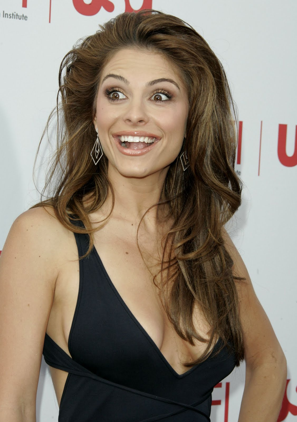 Maria Menounos - HD Wallpapers