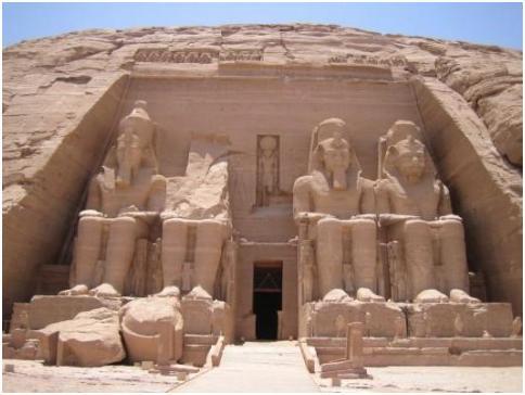 construcciones egipcias vistas en el taller de arteterapia