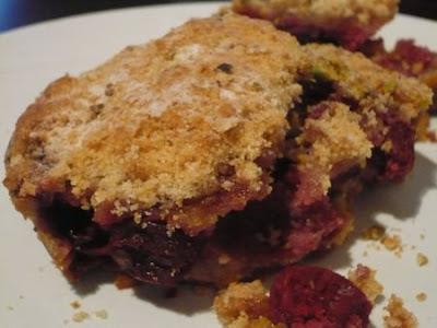 Sweet Freak©: Cherry pistachio crumble from Eric Kayser