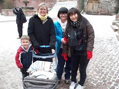 Meeting two Korean Girls in the Heidelberg Castle