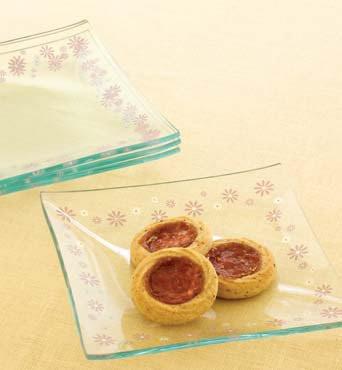 Pink Daisy Dessert Plates