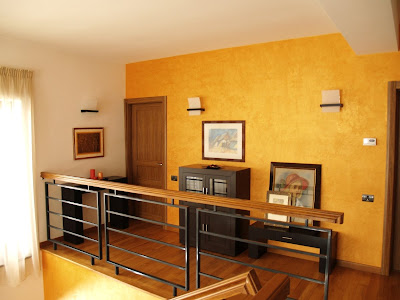 interior hol