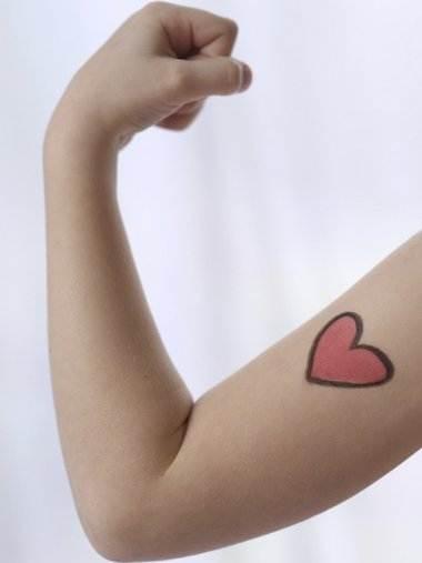 Type 1 diabetes tattoos on wrist