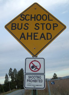 dont shoot the kids funny sign