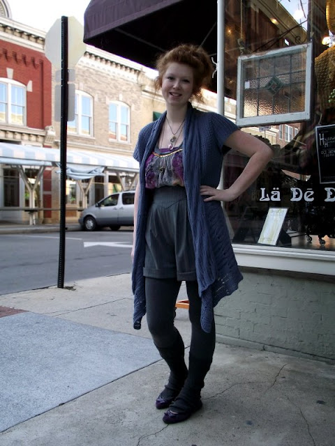 La De Da roanoke virginia, boho street style fashion, layers for fall fashion, gray tights, red heads, virginia street style, fashion in Roanoke Virginia