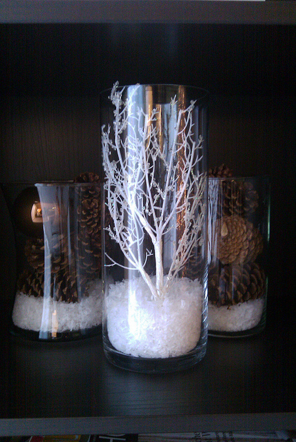 DIY Centerpieces and Candles for the Holidays  Fun  ~ 164652_Christmas Decorating Ideas With Glass Vases