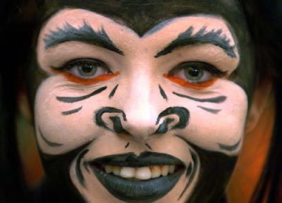 Monkey face makeup - photo#19