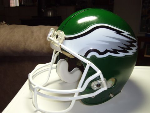 [Eagles+helmet]
