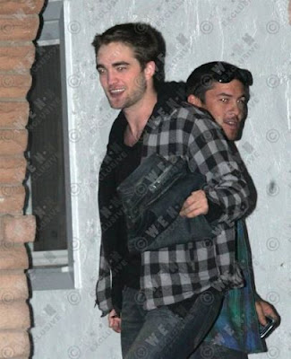 robert pattinson ugly pics. robert pattinson ugly pics.