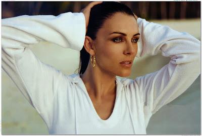model Elizabeth Hurley photo shoot scans