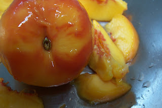 how to keep cut peaches from turning brown