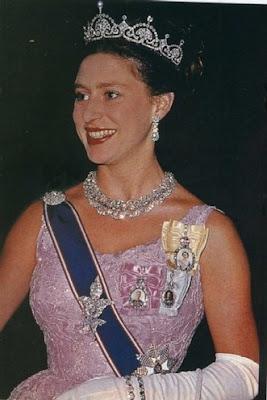Margarita de Windsor PrincessMargaret-PapyrusMotifTiaraa
