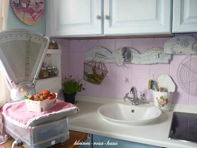 heavens ros cottage la cuisine ros unsere k che im kleinen rosa haus. Black Bedroom Furniture Sets. Home Design Ideas