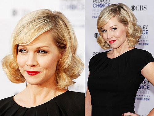 jennie garth hairstyles. Jennie Garth's simple shoulder length hairstyle