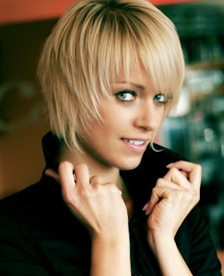 short hairstyle with bangs short layerd hair style