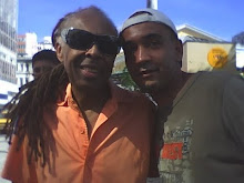 Em Salvador . . . Gilberto Gil e DJ Chris Souldeep