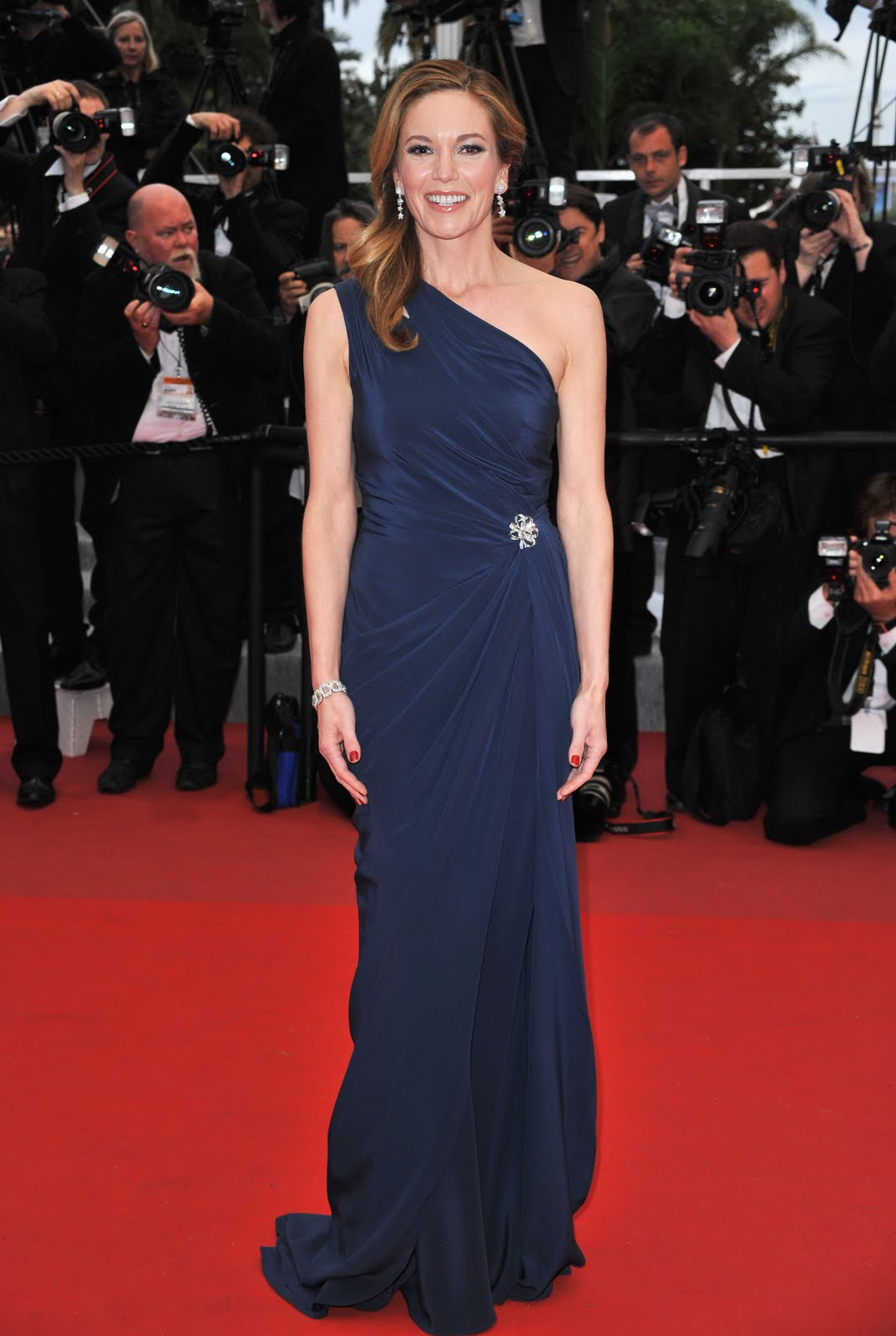 Dark Navy Dress What Color Shoes